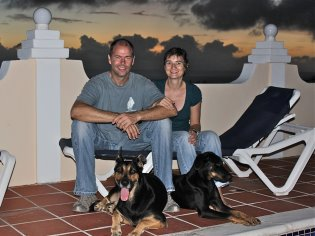 Your hosts on Bonaire: Peter & Bianca